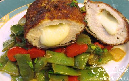 Рецепт Куриная грудка с сырами в хлебных крошках