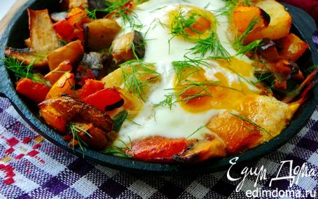 Рецепт Картофель с шампиньонами и яичницей