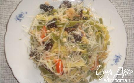 Рецепт Тальятелле со строчками, креветками и помидорчиками черри в нежном соусе