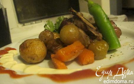 Рецепт Ягнятина с алычой,молодым картофелем и винным соусом