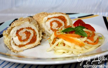 Рецепт Куриные рулеты с маринованной морковью в рисовой панировке