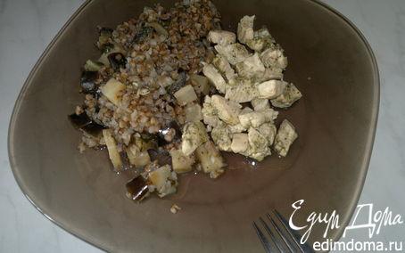 Рецепт Куриные грудки с шалфеем и гречка с сельдеерем и баклажаном