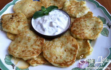 Рецепт Оладушки с мятно-чесночным соусом