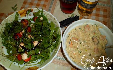 Рецепт Тальятелле с морепродуктами в сливочном соусе и лёгкий салат с руколой (Аl Italia)