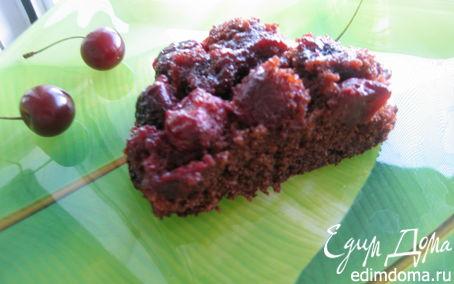 Рецепт Перевернутый шоколадный пирог с двумя слоями вишни