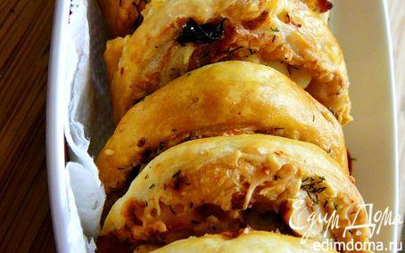 Рецепт Слоеное печенье с курицей, вяленой черешней и фундуком