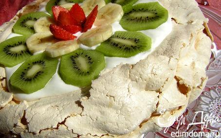 Рецепт Торт-безе со взбитыми сливками и фруктами