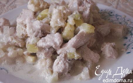 Рецепт Курица, тушенная в сметане с цветной капустой