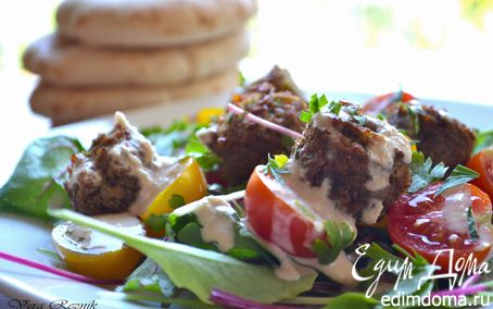 Рецепт Израильский теплый салат с домашним фалафелем и тхиной