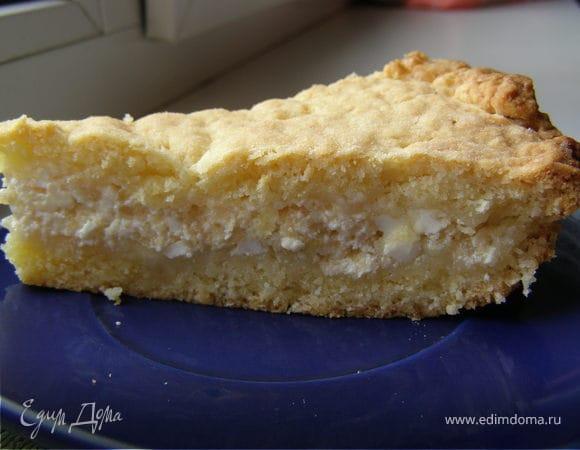 Песочный пирог с творогом и яблоком