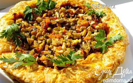 Рецепт «Золотое кольцо»: куриное филе с овощами и шампиньонами в заварном сырном тесте