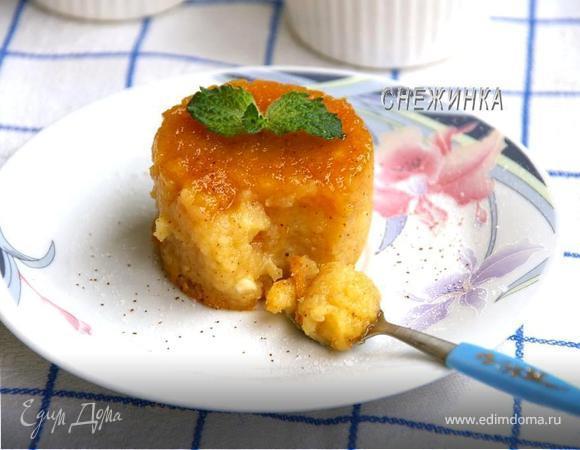 «Яблочный флан» с корицей и медом