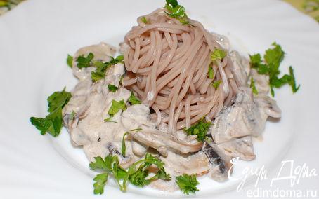 Рецепт Гречневая лапша со сливочно-грибным соусом (вариант ужина за 20 минут)