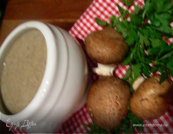 Грибной суп-пюре с запеченным чесноком