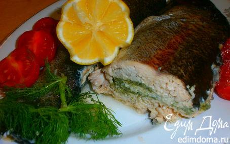Рецепт Угощаем черную водяную змею : Рыба, запеченная в духовке с тройной фаршировкой
