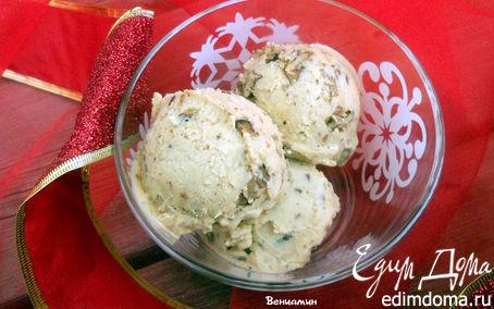 Рецепт Имбирное мороженое с карамелизированным пеканом
