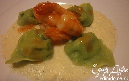 Рецепт Угощаем Водяную Змею. Тортеллини из зеленого теста с начинкой из креветок и кремом из редьки