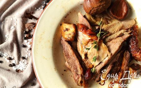 Рецепт Утка, фаршированная яблоками, каштанами и клюквой, с печеным картофелем