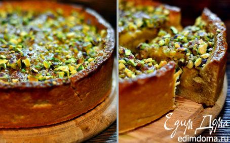 Рецепт Ароматный персиковый пирог с фисташками и миндалем