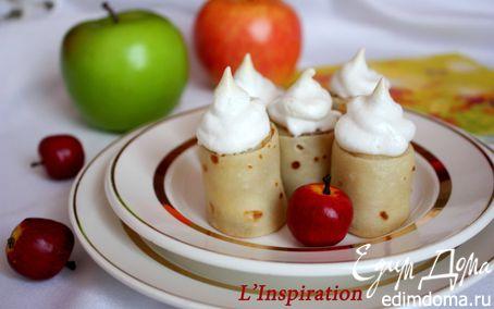 """Рецепт Блинные роллы с яблоками под """"Безе"""""""