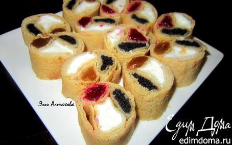 Рецепт Сладкие блинные роллы «Три вкуса» с соусами