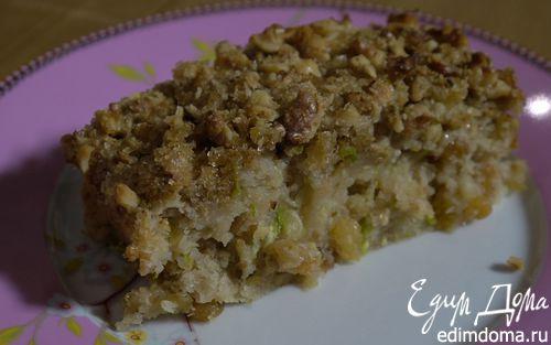 Рецепт Бабушкин пирог с кабачком, изюмом и грецкими орехами