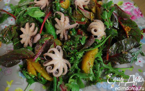 Рецепт Салат с мини-осьминожками