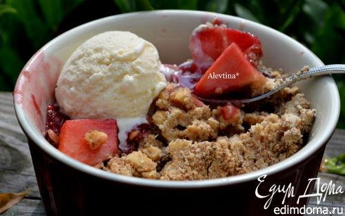 Рецепт Хрустящий и ягодный десерт с орешками