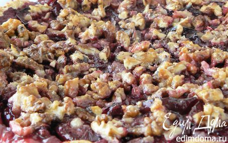 Рецепт Сливовый пирог с орехами