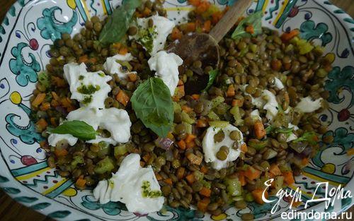 Рецепт Чечевица с сыром буррата и базиликовым маслом