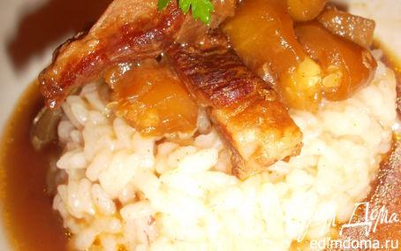 Рецепт Свинина в соевом соусе с овощами на рисовой подушке