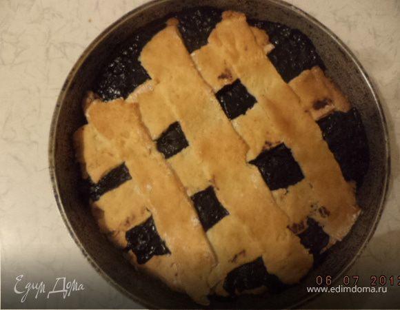 Пирог с черничной начинкой
