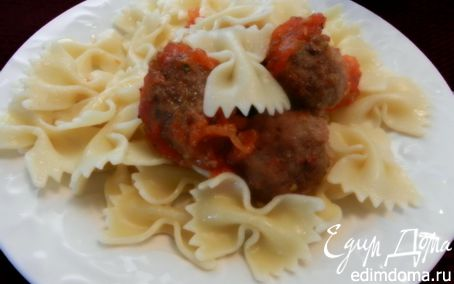Рецепт Мясные тефтели с сыром на помидорной подушке