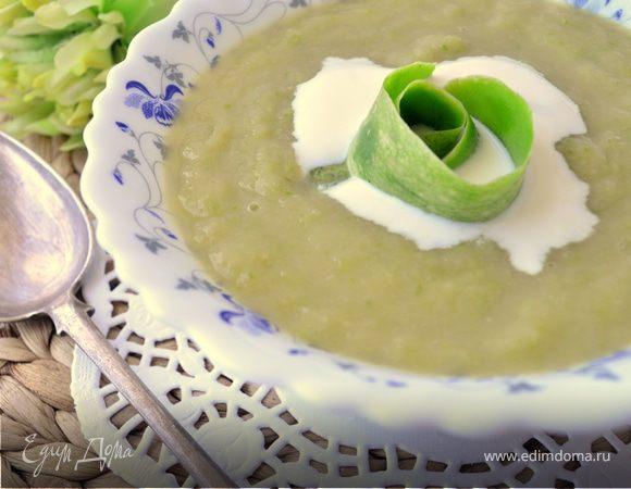 Крем-суп из кабачка и яблока