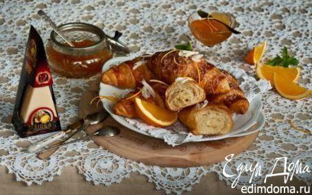 Рецепт Круассаны с сыром и апельсиновым джемом