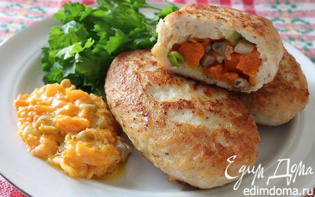 Рецепт Куриные зразы с тыквой, грибами и соусом