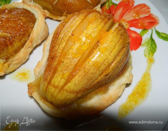 Корзинки с грушами и апельсиновым сиропом