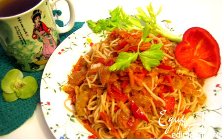 Рецепт Мятые овощи с рисовой вермишелью