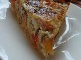 Лососевый пирог на сырном тесте с тимьяном