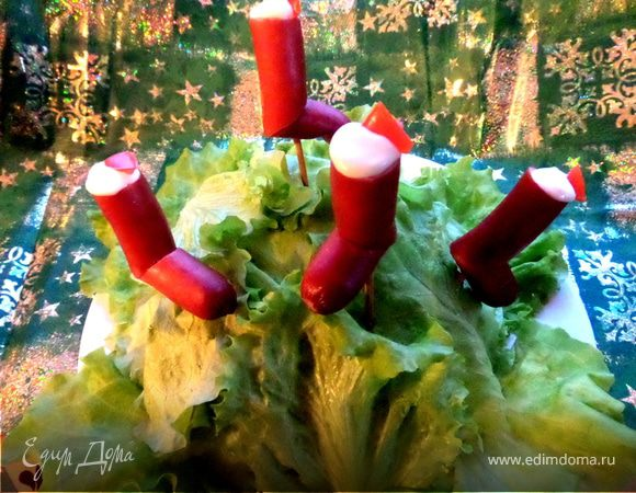 Рождественские сапожки из колбасок