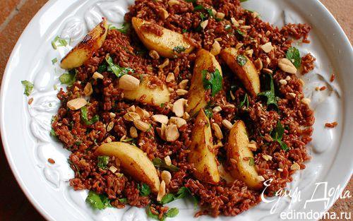 Рецепт Теплый салат из красного риса с зеленью и миндалем