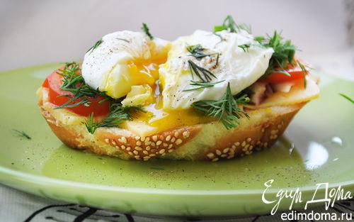 Рецепт Гренка с курицей и яйцом-пашот