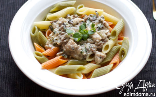 Рецепт Пенне с курицей в сливочно-грибном соусе