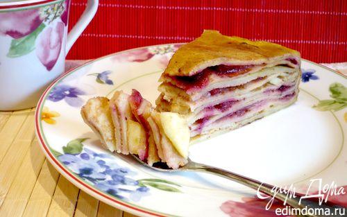 """Рецепт Блинный пирог с брусникой и яблоками """"Весенний день горяч и золот"""""""