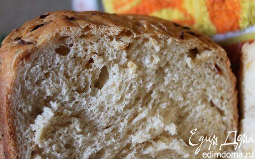 Рецепт Хлеб с луком и вялеными помидорами