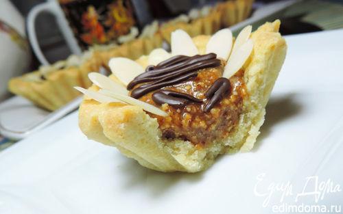 Рецепт Песочные корзиночки с карамельно-миндальной начинкой