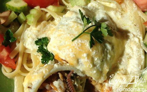 Рецепт Кальмары, фаршированные морепродуктами, под сливочным соусом