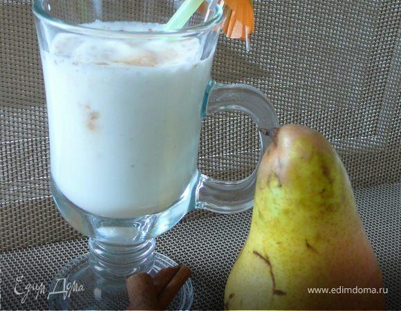 Молочный коктейль с грушей и корицей