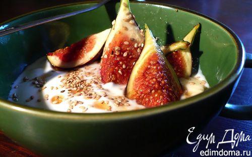 Рецепт Йогурт с кунжутом, инжиром и медом