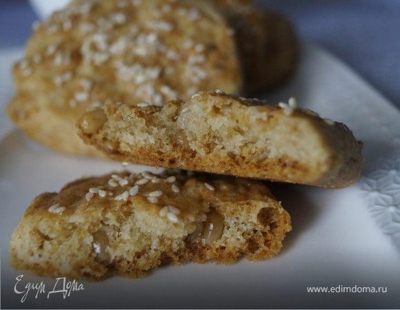 Мягкое печенье с сыром и кедровыми орешками